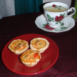 Pampered Chef Mini Quiche and milk oolong tea